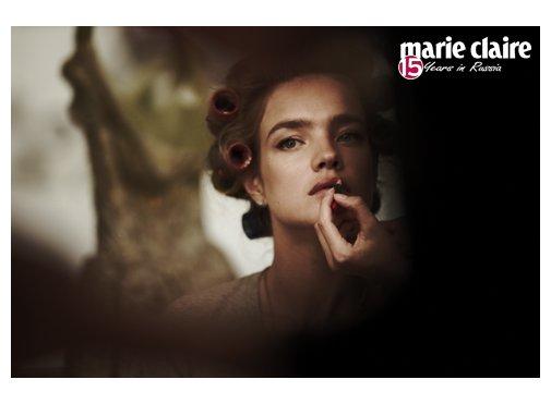 2012-11MarieClaireDecember12issueShootingMarieClaireRU01