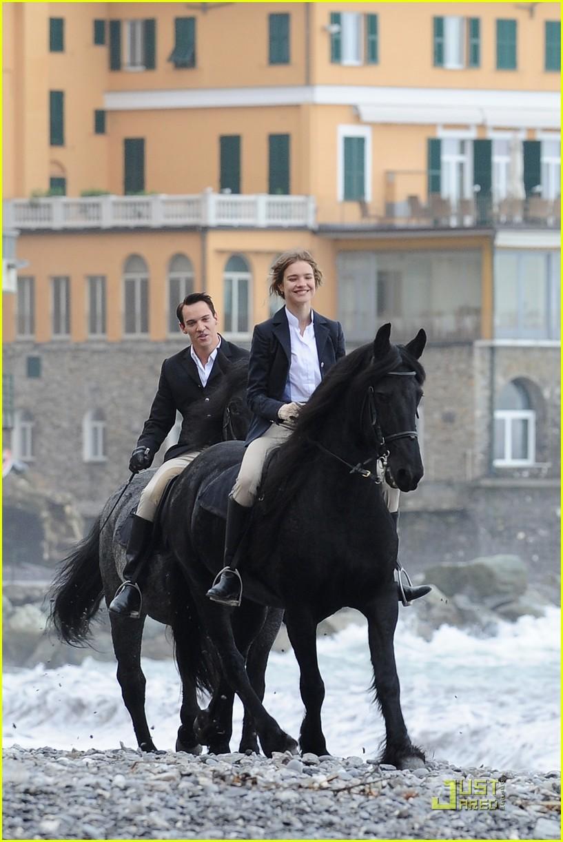 """On Location For """"Belle du Seigneur"""" - November 9, 2010"""