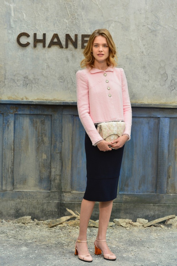 20130702Natalia+Vodianova+Chanel+Front+Row+Paris+Fashion+LFeLRq-a0imx