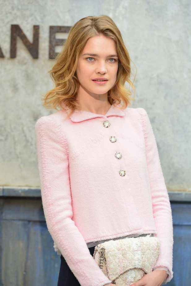20130702Natalia+Vodianova+Chanel+Front+Row+Paris+Fashion+viqLMIlxLPfx